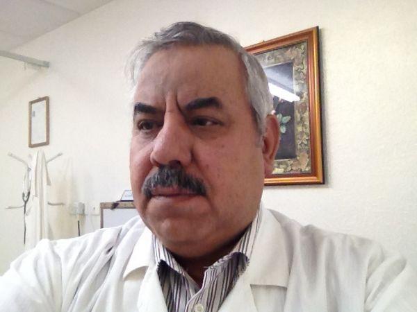 دكتور  احمد احمد علام   الرياض