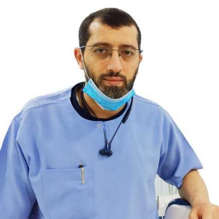 دكتور  احمد المزين  طب وجراحة وتجميل الأسنان