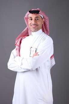 دكتور  عبدالعزيز باعظيم  استشاري أمراض المسالك البولية والذكورة والعقم  الشاطىء