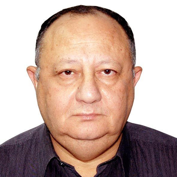 دكتور  محسن ابو العينين   الرياض